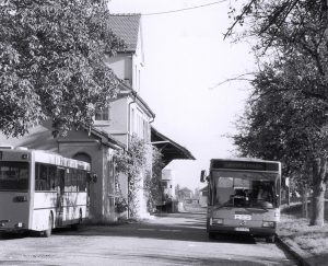 RBS-Busse am Bahnhof
