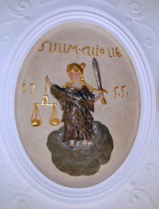 Justitia im Rathaus