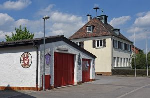 Feuerwehr- und Schulhaus
