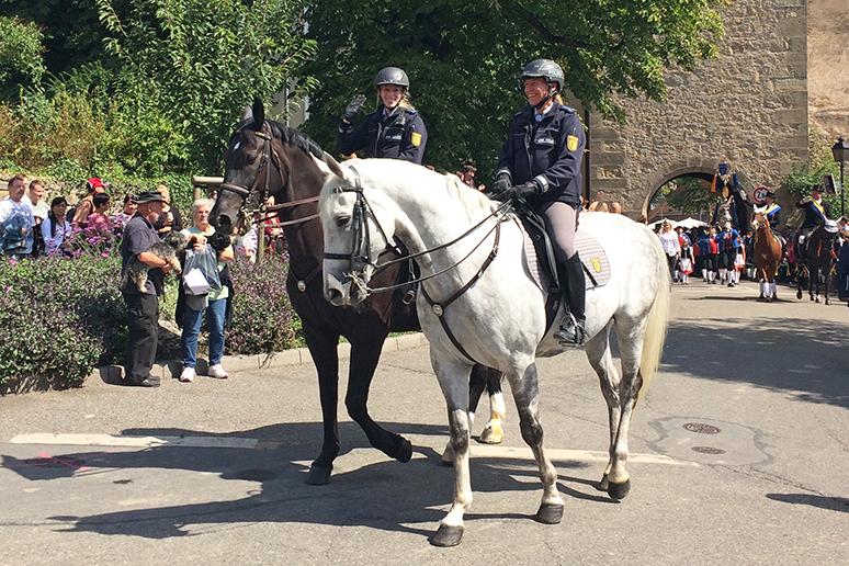 Polizistinnen