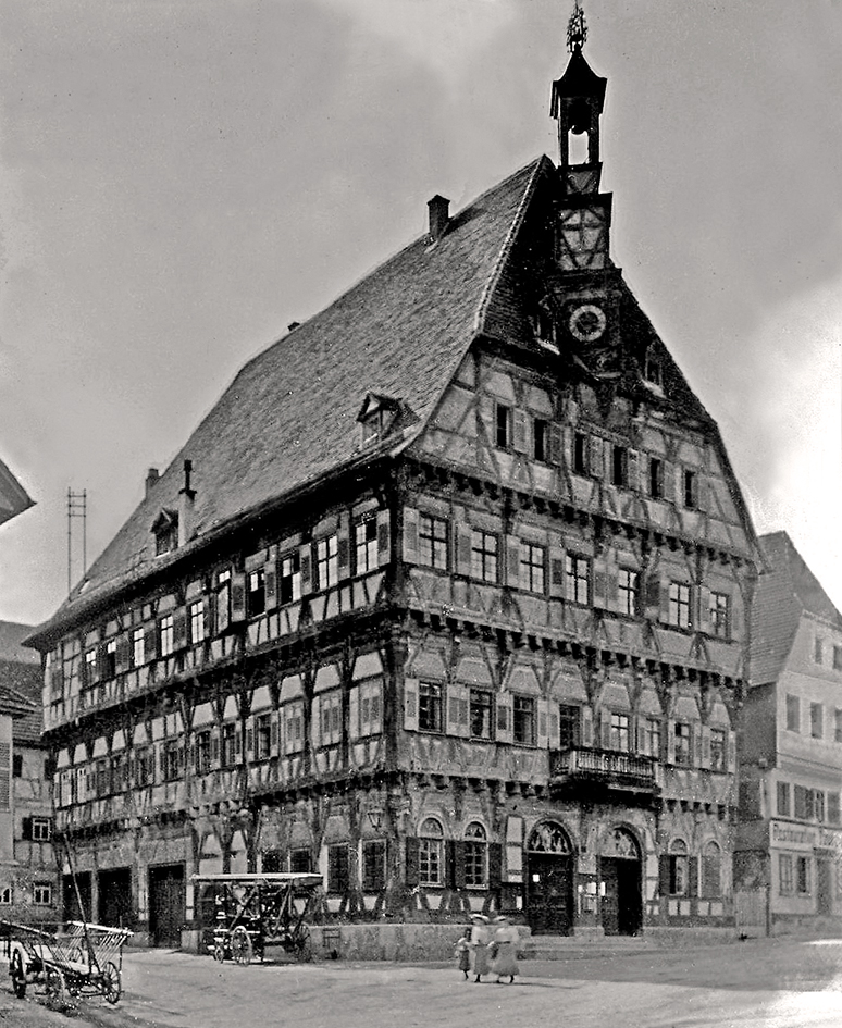 Rathaus um 1910