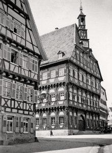 Krone und Rathaus