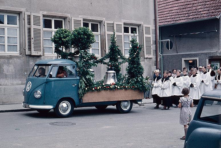 Glocken-Prozession