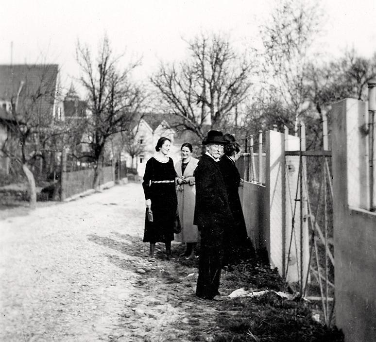 Graf-Eberhard-Weg